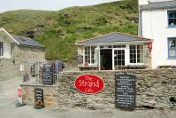 Trebarwith Strand - beachside Cafe